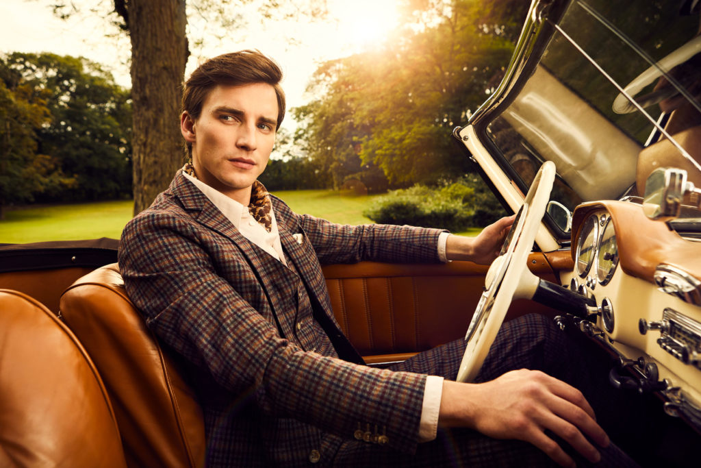 Mercedes Burmester Oldtimer Kampagne Schloss Portrait Male Model