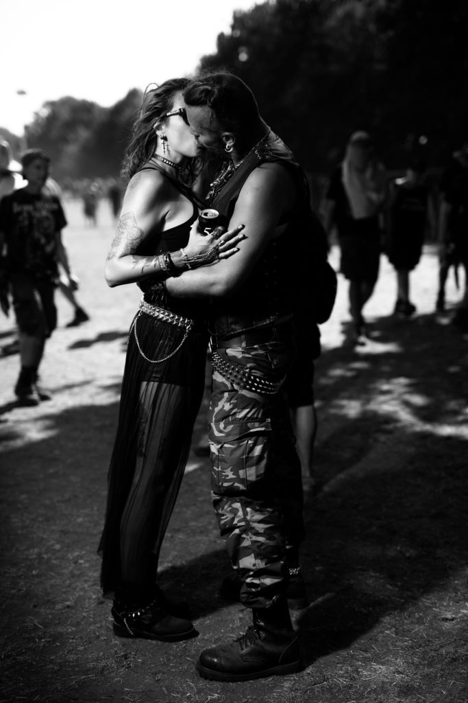 Kissing Metalheads Wacken