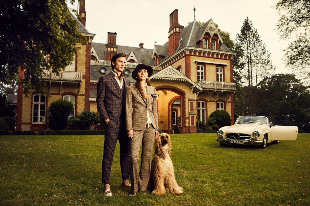 Mercedes Burmester Oldtimer Kampagne Schloss Übersicht